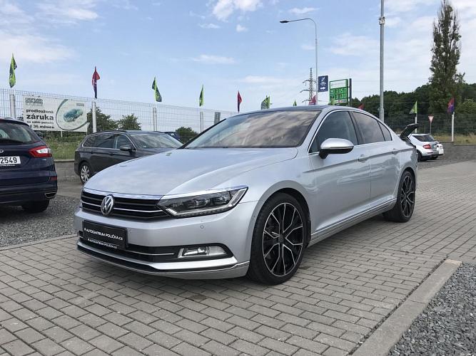 Volkswagen Passat 2.0TDI 110KW R-line
